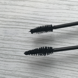 Review Mascara Volume Avril | Prima Dopo