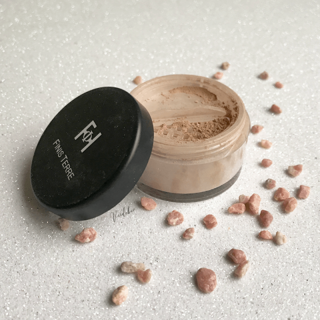 Review Silky Dust Finisterre